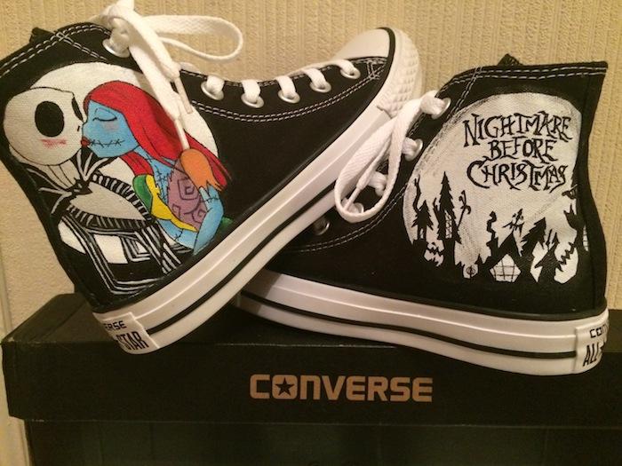 Converse personnalisé, quel matériel pour customiser ses chaussures, dessin couple de nightmare before christmas