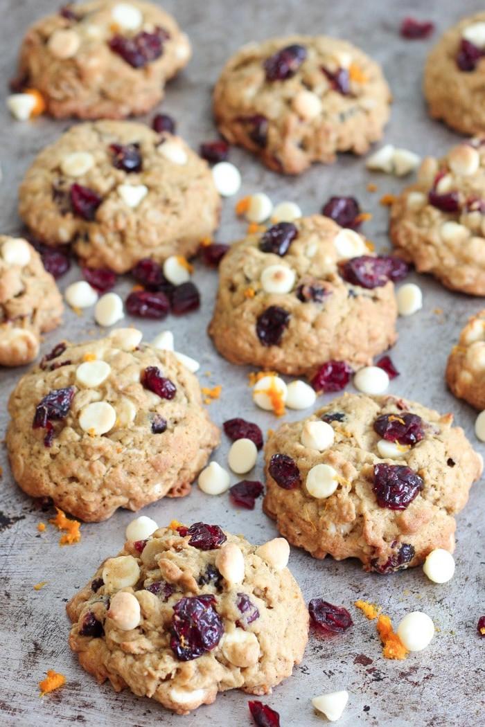 cookies flocons d avoine aux canneberges séchées et pepites de chocolat blanc, recette dessert de noel ou petit dejeuner noel