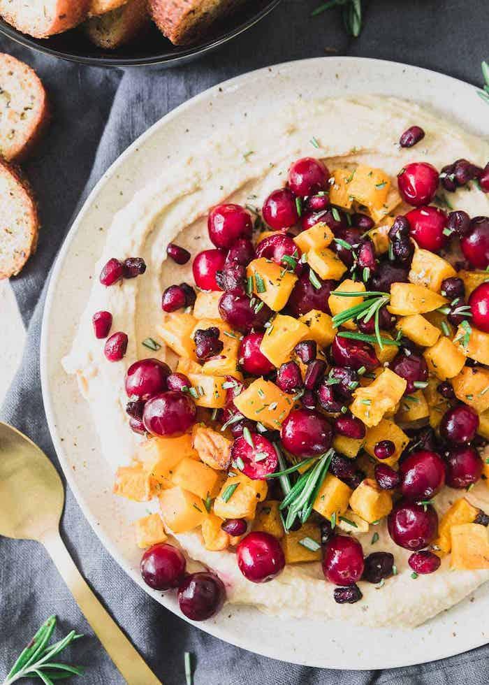 recette houmous de courge butternut aux canneberges, mangue et du thym, dip apero de noel originale