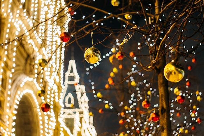 Déco extérieur lumineuse photo joyeux noel 2019, beau image atmosphère festive