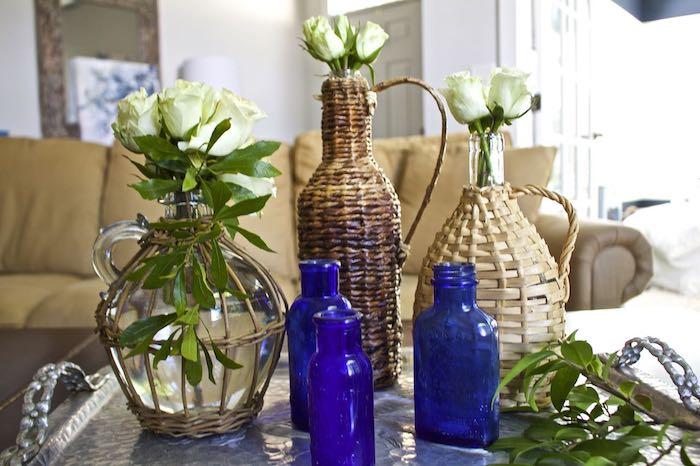 Bleu foncé vase en verre, dame jeanne ancienne, decoration vase dame jeanne, salon joliment aménagé