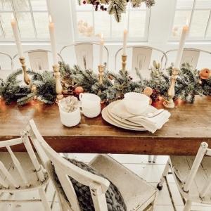 Décoration de table de Noël à faire soi-même pour inviter la convivialité festive à la table