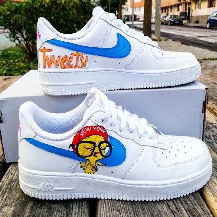 Style basket blanche avec tweety dessin personnaliser chaussure nike, peinture pour chaussure pour la customiser
