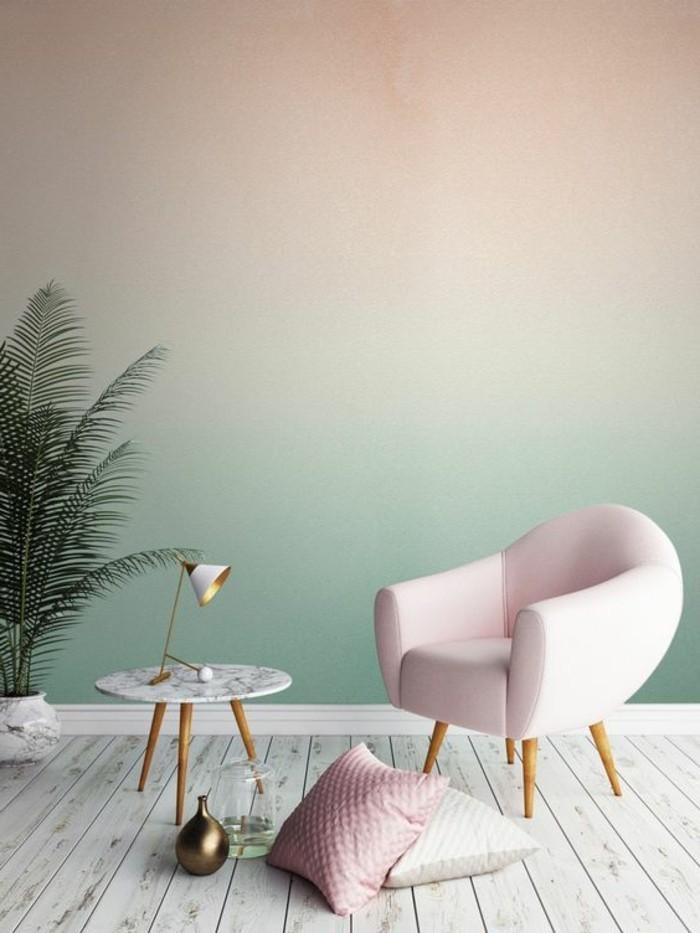 Ombré effet sur le mur vert à rose, petit fauteuil rose bébé, couleur chambre adulte, inspiration couleur peinture chambre et déco stylée, plante verte