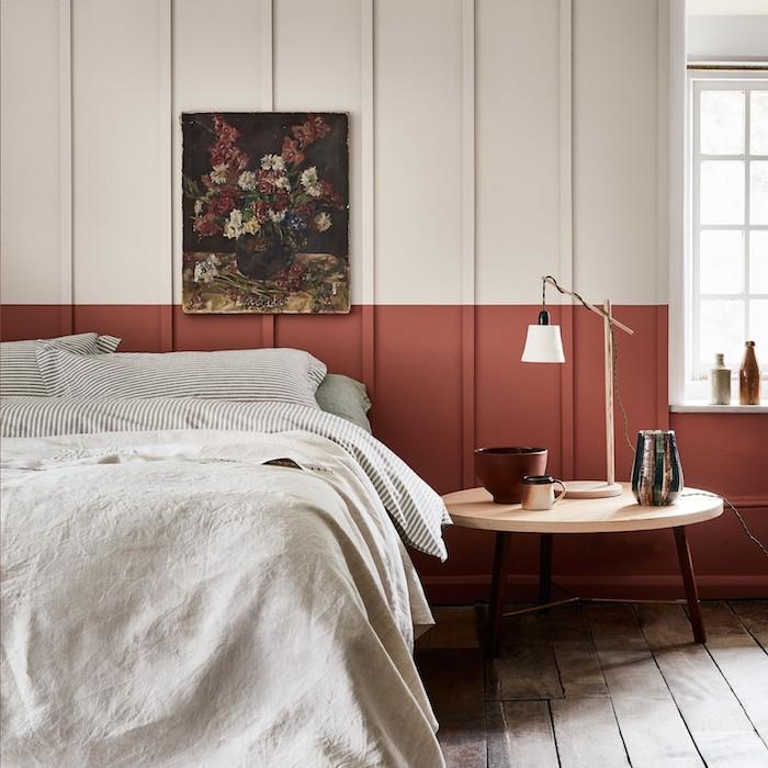 Linge en lin sur lit double, idée deco peinture chambre, quelle couleur associer au beige