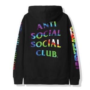 UNDEFEATED x Anti Social Social Club : une capsule de fin d'année