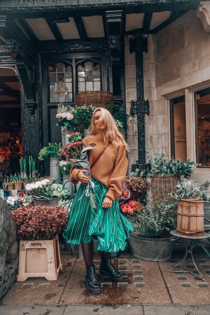 idée quelles couleurs combiner pour un look femme automne-hiver tendance en 2019 2020 avec pull de marque femme