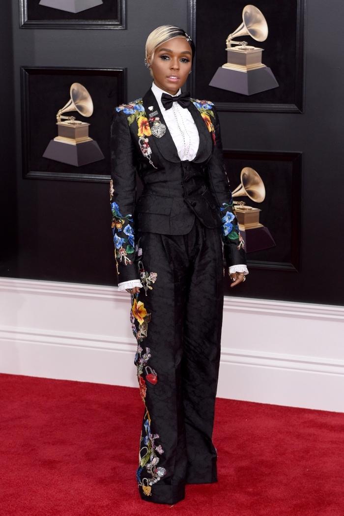 modèle d'ensemble tailleur pantalon femme à design noir et motifs floraux, modèle de costume femme 3 pièces