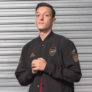 Arsenal et Adidas rendent hommage au nouvel an chinois