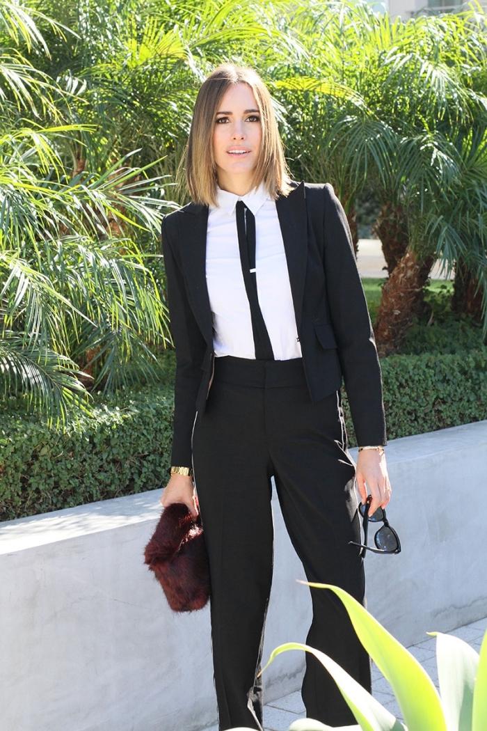 modèle de pantalon tailleur femme classe en noir, style vestimentaire femme élégante avec costume noir et chemise blanche