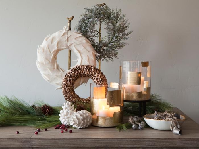 décoration de noel à fabriquer soi meme, objets décoratifs fait maison en forme de couronne de Noël blanc et marron