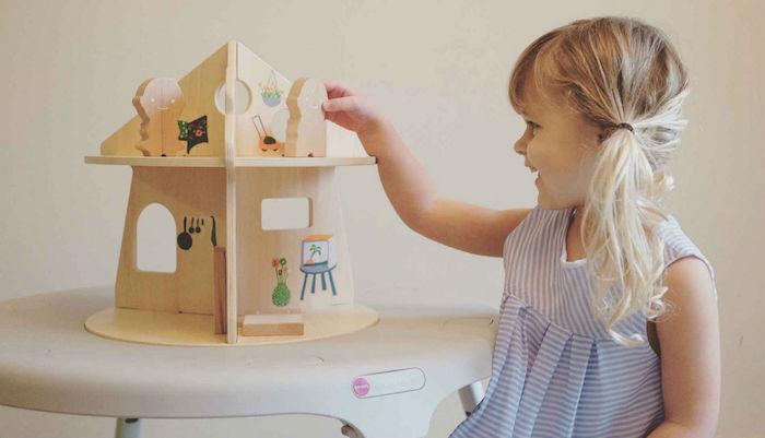 Maison poupées en bois, jouet cadeau a faire soi meme pour un anniversaire, cadeau bio original