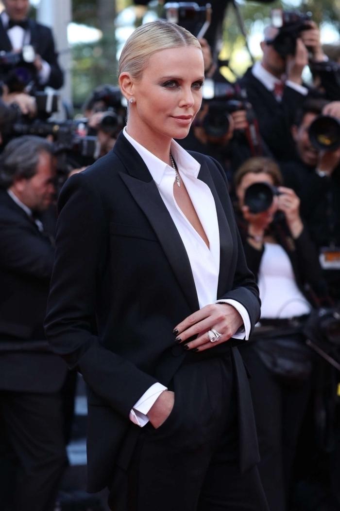 style vestimentaire femme élégante en tenue blanc et noir, modèle de tailleur pantalon femme combiné avec chemise blanche