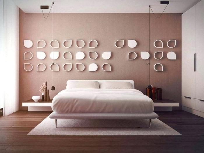 Rose et beige chambre à coucher adulte, tapis blanc, idée chambre deco moderne couleurs vives