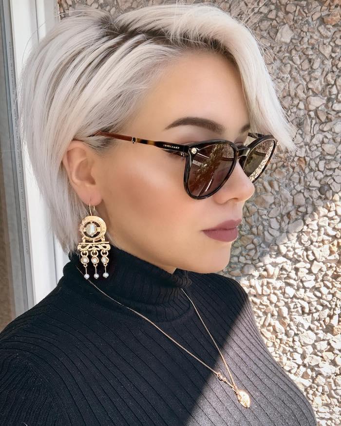 La coiffure de Miranda Presley, la femme boss, coupe de cheveux femme 2020, tendance de coiffure 2020