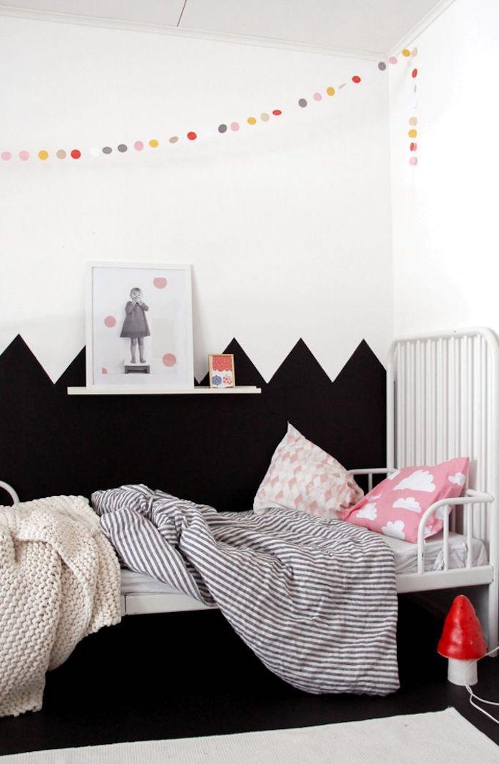 Moderne chambre bébé, tendance 2020 dessin sur le mur deux couleurs, peinture chambre adulte, couleur peinture chambre adulte