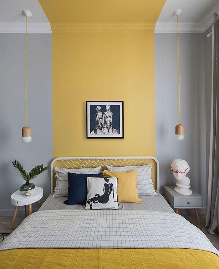 Gris et jaune peinture murale pour la chambre à coucher moderne, idée chambre bleu nuit, peindre une chambre en deux couleurs