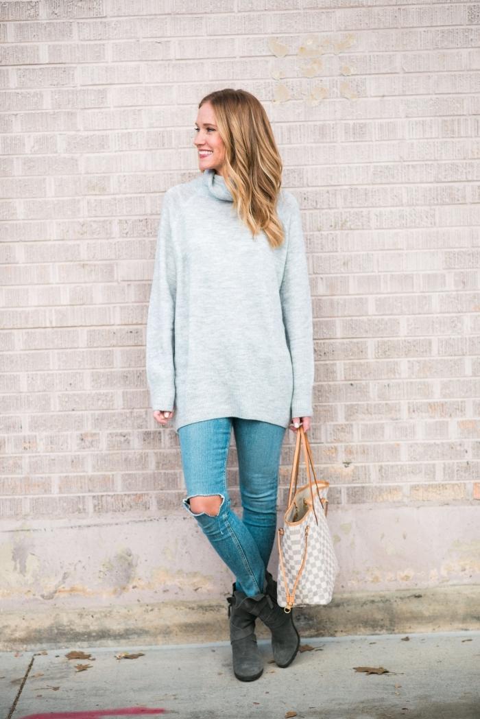 exemple comment assortir les couleurs de ses vêtements, modèle de pull oversize combiné avec jeans troués