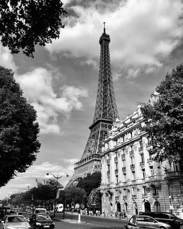 Paris photo noir et blanc, fond d'écran noir et blanc simple, la ville de paris photo de la tour eiffel
