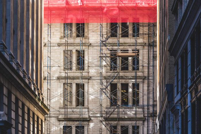 comment faire pour rénover une façade, les étapes de ravalement de façade avec échafaudage