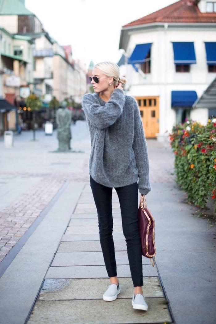 look casual chic femme en pantalon slim et pull-over, modèles de pulls femme originaux tendance 2019 2020