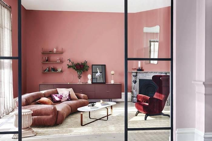 Rose et violet chambre salon, comment disposer les couleurs de peinture dans une pièce