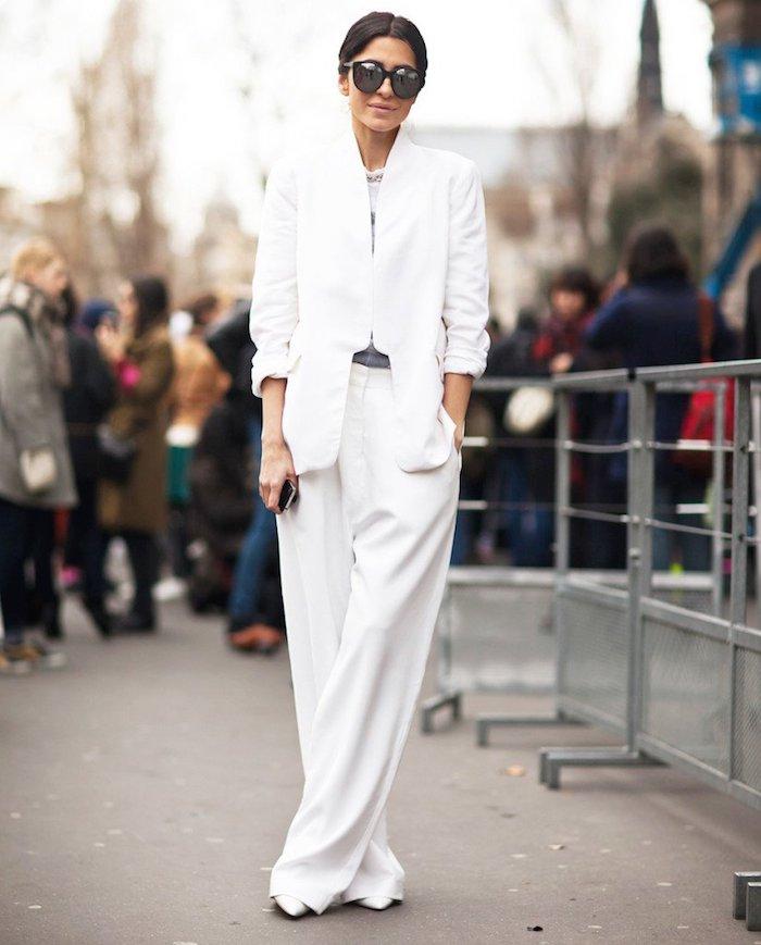 Tailleur blanche, tenue streetwear, vetement stylé femme bien habillée en hiver