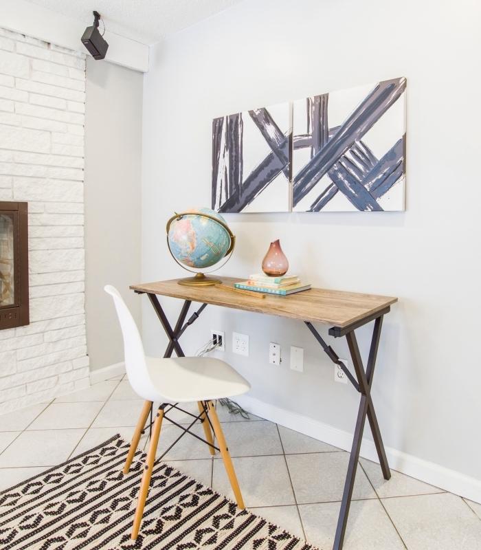 comment décorer un coin de travail à domicile avec diy bureau, modèle de meuble diy en planche de bois et pieds métal