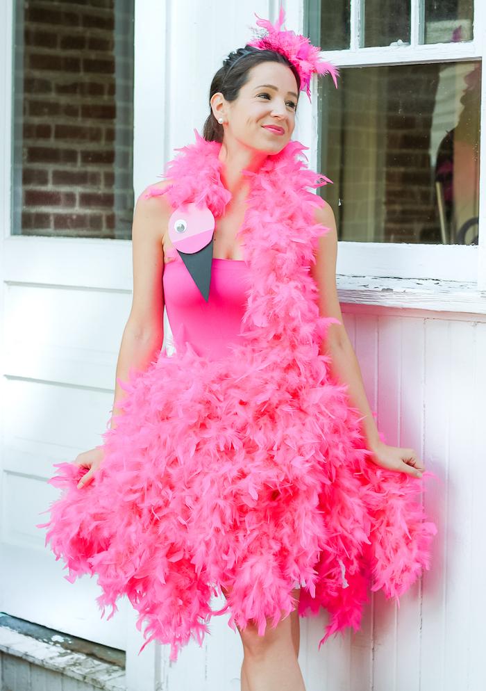 Flamande rose deguisement carnaval fille, idée pour le carnaval en nice pour les femmes qui veulent se distinguer