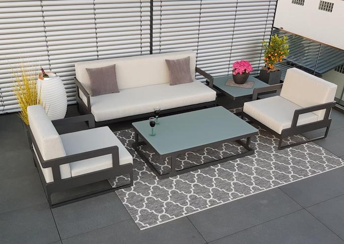 Choisir son salon de jardin adéquat pour profiter de son extérieur confortablement