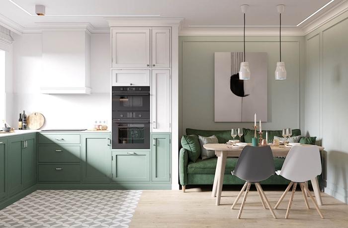 déco de cuisine aux murs bicolore en peinture vert sauge et peinture blanche, design cuisine en L aux murs blancs avec meubles verts