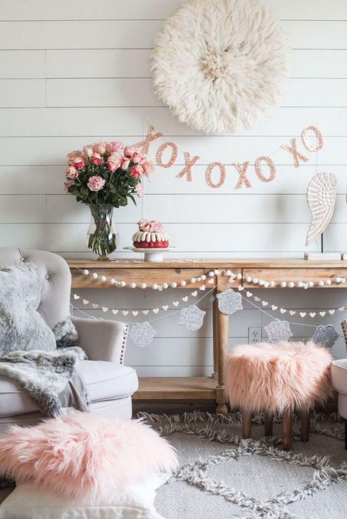 Guirlande de lettres xo pour dire bisou, simple idee saint valentin décoration, comment décorer pour la saint valentin