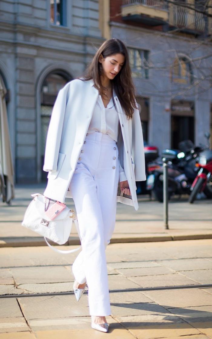 style vestimentaire femme au boulet avec vêtements blancs et chaussures à talons, idée de tenue classe femme
