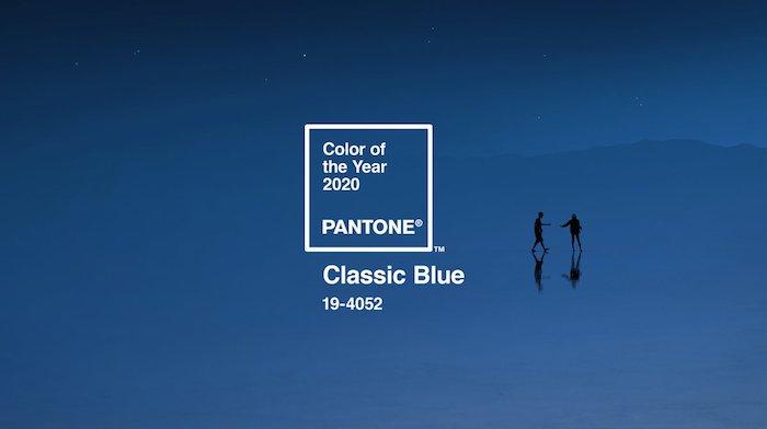 couleur pantone 2020, le bleu classique, idée quelle couleur de peinture tendance pour 2020