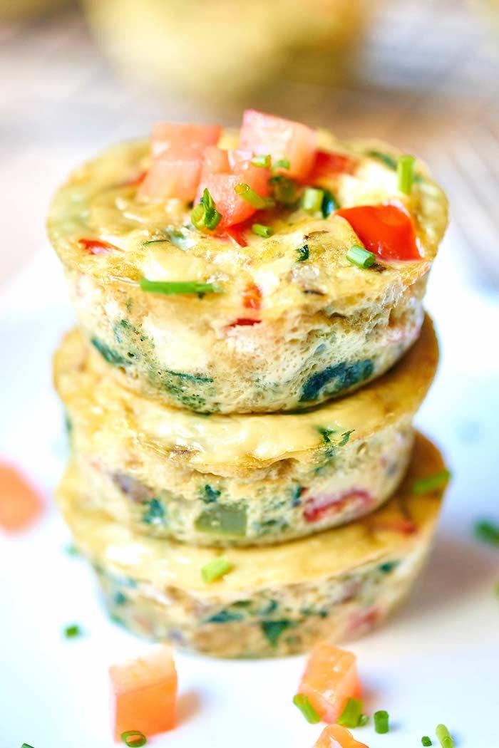 recette muffins salés aux légumes et oeufs, repas équilibré pour votre menu de la semaine healthy