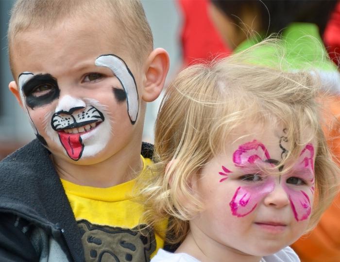 idée comment maquiller ses enfants facilement pour une fête déguisée, modèle de peinture facile sur thème animales