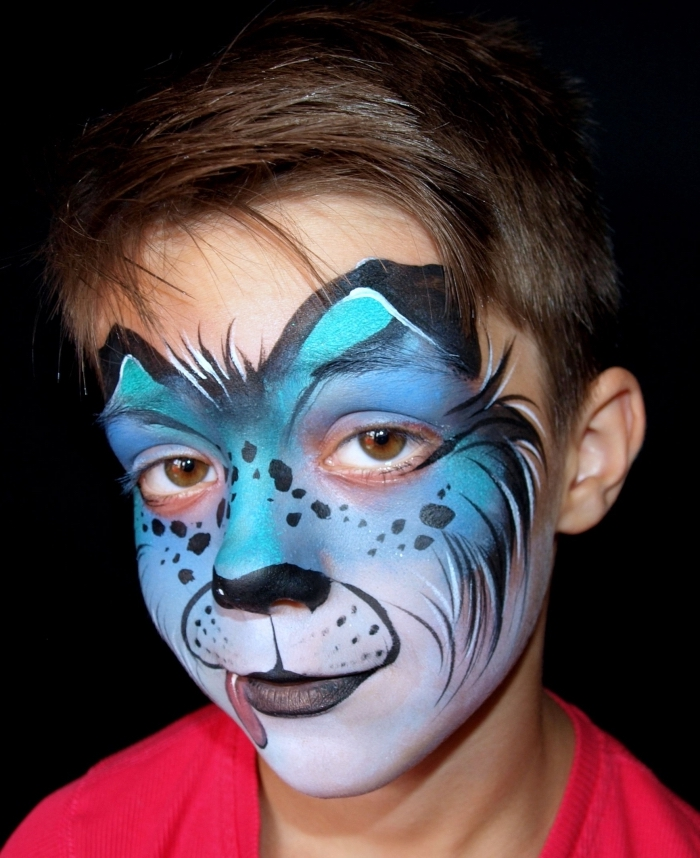 exemple de desguisement carnaval à réaliser soi-même avec un maquillage en peinture facile pour enfant façon animal