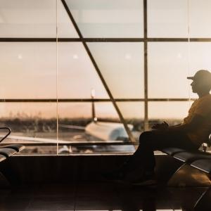 Top 5 des astuces pour économiser de l'argent sur votre prochain voyage en avion