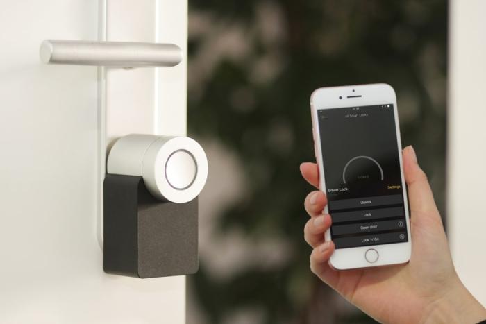 installation des équipements intelligents dans une maison connectée