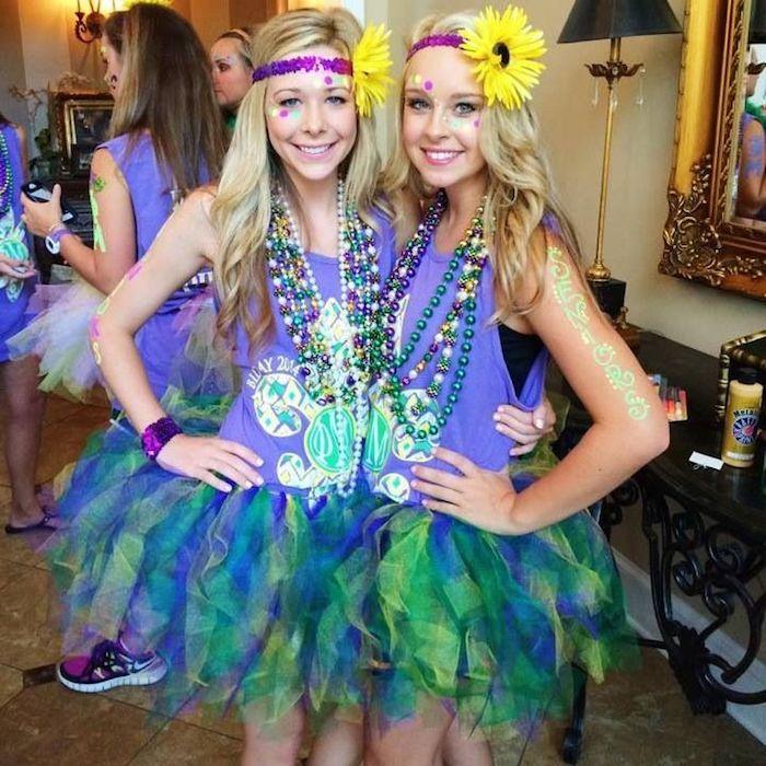 Filles cheveux longs blonds, amies idée déguisement carnaval, idée de costume de carnaval à l'université