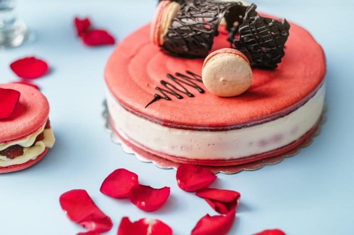 idée de dessert original pour le repas saint valentin, recette sucrée au fromage blanc et biscuits pour la fête d'amour