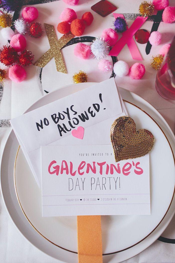Table pour amies, une belle déco de table pour célébrer l'amour sans les gars, décoration de saint galentin