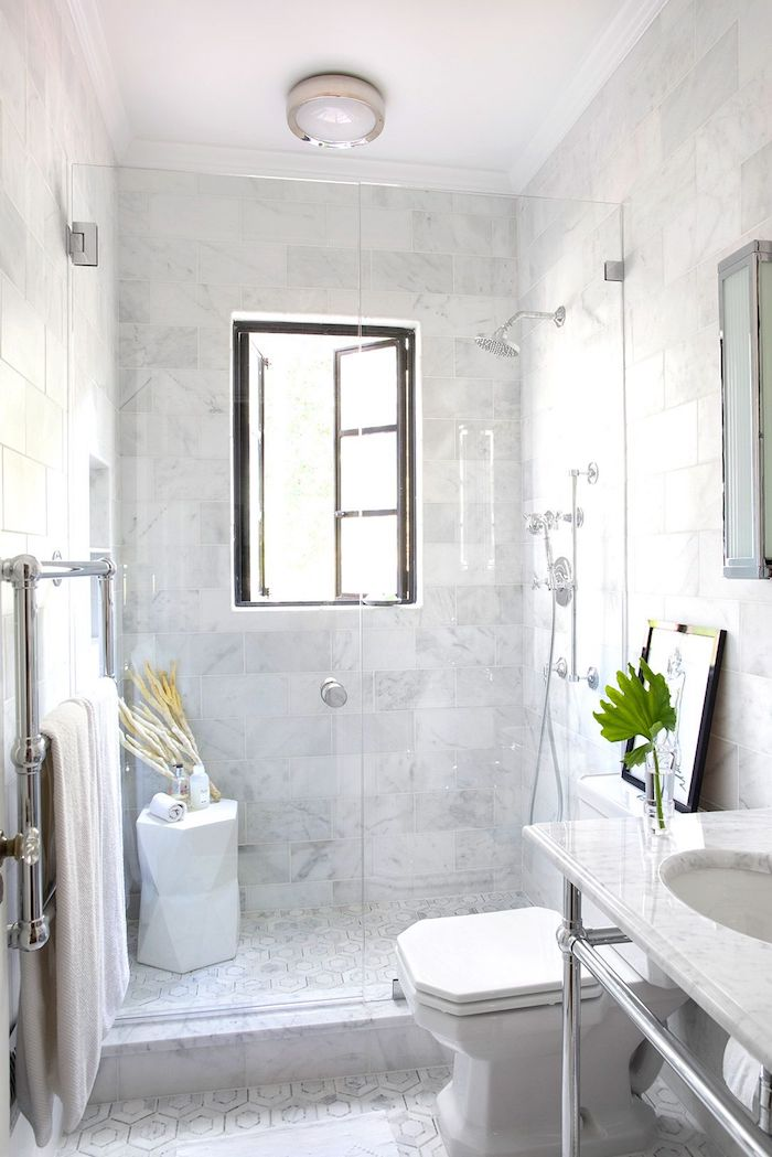 Comment aménager une petite salle de bains en marbre, beau modele salle de bain, les plus belles salles de bains blanches moderne