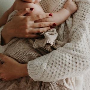 Quelle lessive pour bébé choisir ? Les points clés pour protéger la peau du petit choucou