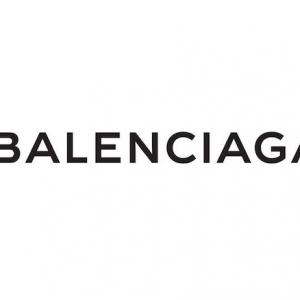 Balenciaga annonce son retour à la Haute Couture