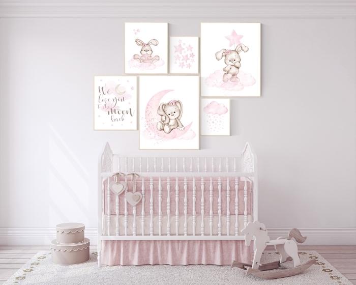 quelles couleurs pour une deco chambre bebe fille apaisante, design chambre blanche avec accents en rose pastel