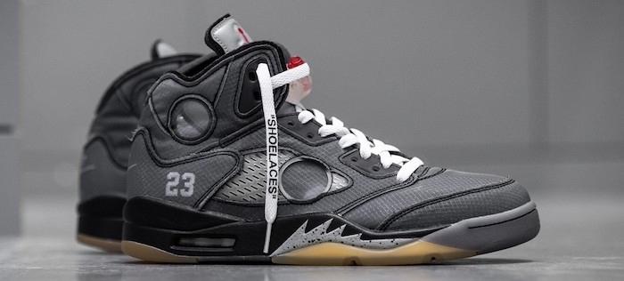 La paire de sneakers Off-White x Air Jordan 5 se dévoile plus en détails