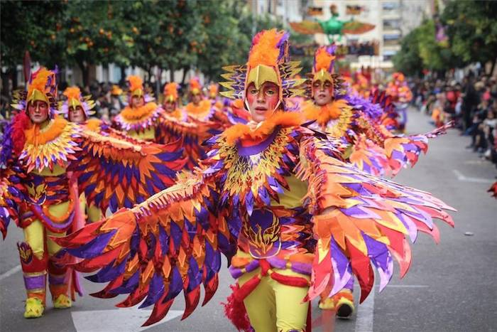 Carnaval en Tenerife, deguisement de groupe professionnel, deguisement carnaval sur la rue