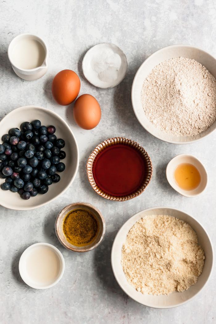 ingredients necessaires pour faire muffins aux myrtilles sans gluten et sans sucre comme collation healthy