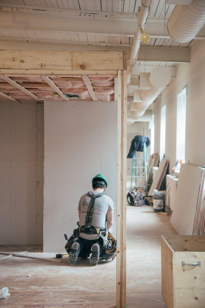 rénovation-de-maison-en-bois-comment-bien-calculer-les-frais-de-renovation